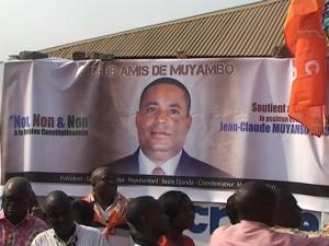 Une affiche de Jean-Claude Muyambo, patron de la RTLJ. Ph. M3 Didier