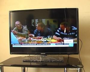 Les chaînes la consommation des télévisions étrangères cryptées augmente en RDC. Photo M3 Didier