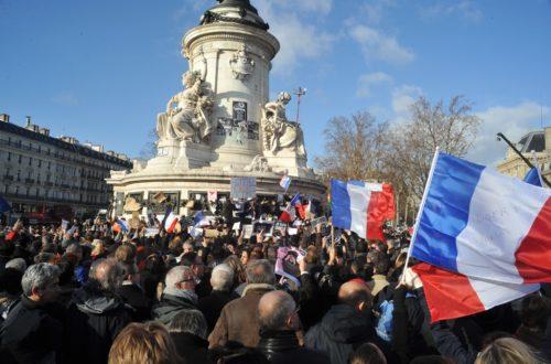 Article : Paix à Paris! Et vous, apprenez à valoriser vos compatriotes