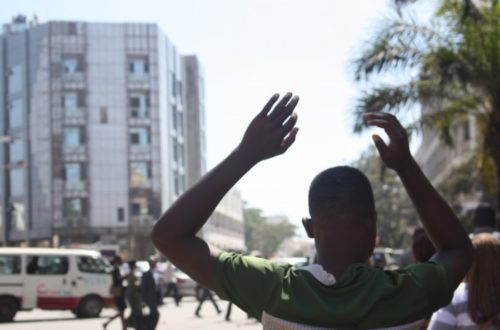 Article : Afrique : milices présidentielles dans les armées
